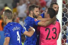 Subasic gets some appreciation #EURO2016