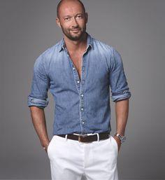 Milan Vukmirovic - Something About Magazine Blazer Fashion, Mens Fashion, Fashion Outfits, Stylish Men, Men Casual, Milan Vukmirovic, White Jeans Outfit, Mode Jeans, Mein Style