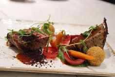 Chef Sbu prepared a Fillet Mignon with beetroot crumbs, sautéed carrots and pea and spinach purée. Sauteed Carrots, Lifestyle Articles, Like A Pro, Beetroot, New Recipes, Ernie Els, Health Tips, Food News, Beef