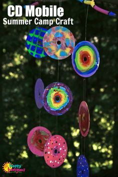 This Painted CD Garden Mobile is a great collaborative art project for home, art class or craft camp. All you need are some old CDs! Kids Crafts, Christmas Crafts For Toddlers, Christmas Crafts For Kids, Summer Crafts, Toddler Crafts, Christmas Tree, Easy Crafts, Old Cd Crafts, Christmas Ornaments
