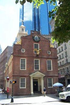 植民地時代から現在に至るボストンの資料が展示されている旧州議事堂。ボストン 旅行・観光の見所。