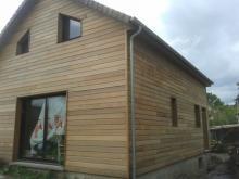 Vue arriere de la maison en bois dans les yvelines 1