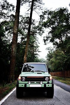 Mitsubishi Pajero -> Hyundai Galloper -> Mohenic Garages redesign - Monica Gallop www.the.co.kr