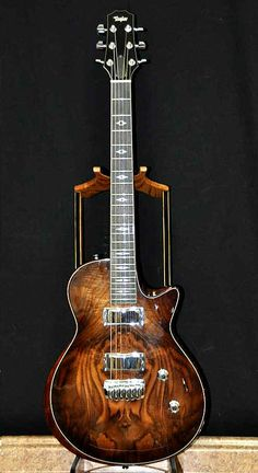 Taylor Guitars, Solid-Body Walnut - beautiful