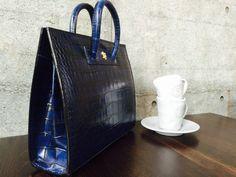 Pratesi Alberti King Blue #pratesi #tas #leer #damestas #handtas #blauw #bag #leather #ladiesbag #handbag #blue