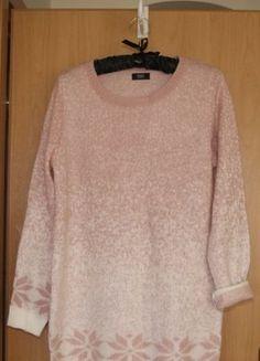 Kup mój przedmiot na #vintedpl http://www.vinted.pl/damska-odziez/swetry-z-dzianiny/15906186-sweterek-rozowy-cieply-gwiazdki