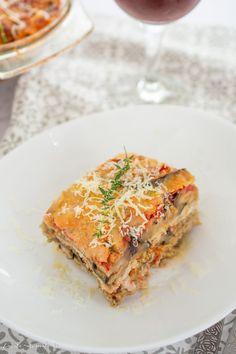 Musaca de vinete cu carne de pui | Bucate Aromate Spanakopita, Lasagna, Ethnic Recipes, Food, Essen, Meals, Yemek, Lasagne, Eten