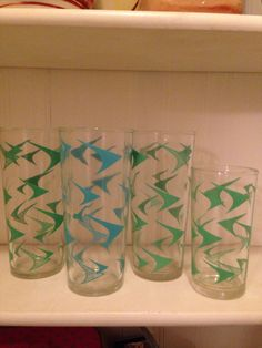 Vintage Boomerang Glasses Set of 4 Turquoise Green by thetrendykitchen on Etsy