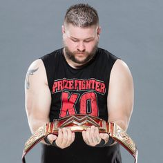 Kevin Owens shows off his newly won WWE Universal Championship: photos