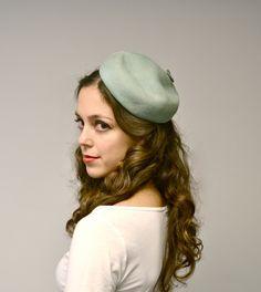 Vintage 1930s Hat: Seafoam Green Blue Beret Tam with Hatpin, Tilt Hat.