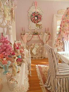 isto e que e uma casa de Natal mesmo gira e muito feminina