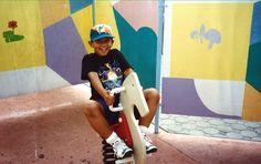 César jugando en Disney