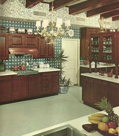 Vintage Home Decorating, Decorating Styles Funky Kitchen, 1960s Kitchen, Vintage Kitchen, 1960s Interior, Vintage Interior Design, 1960s Home Decor, Vintage Home Decor, Vintage Homes, Vintage Style