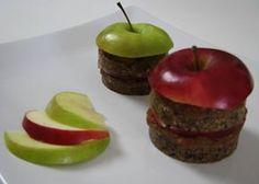 Delicii cu mere. Reţeta o puteţi găsi aici în format text dar şi video: http://www.babyboom.ro/delicii-cu-mere/