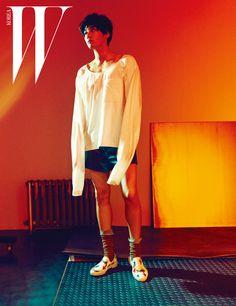 Kim Young Kwang - W Magazine March Issue Asian Actors, Korean Actors, Sweet Stranger And Me, Can We Get Married, Kim Young Kwang, Korean Male Models, Hong Jong Hyun, W Korea, Lee Soo