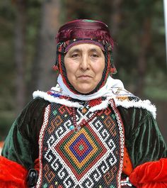 it is wearing at area of Van  Turkish.it is folkloric dress