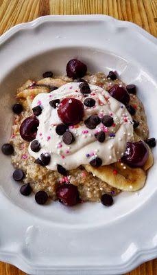 The Coach's Oats Blog: Summertime banana split Oatmeal!