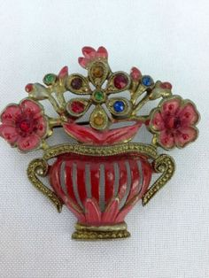 Vintage-Red-Enamel-amp-Multi-Color-Rhinestone-Flower-Pot-Basket-Pin-Brooch