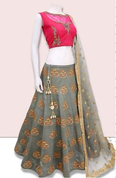 Navratri Special Grey And Pink Color Bride Banarasi Fabric Embroidered Lehenga Choli An upcoming navratri festival - there is no better design than the look of this lehenga. A gorgeous navratri special grey and pink lehenga choli. Half Saree Designs, Fancy Blouse Designs, Lehenga Designs, Mehndi Designs, Lehnga Dress, Lehenga Gown, Baby Lehenga, Saree Blouse, Ethnic Outfits