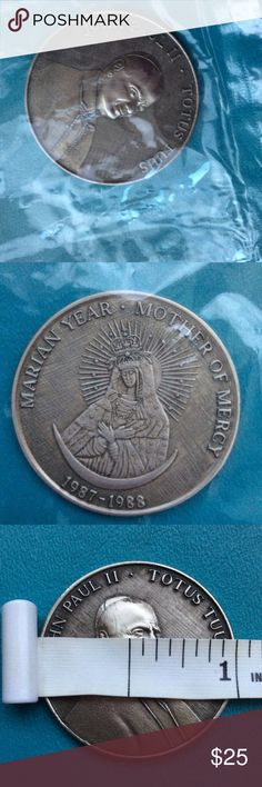 MEDAL OF POPE JOHN ll 1987-1988. MEDAL OF POPE JOHN ll 1987-1988. MOTHER OF MERCY ON BACK. TOKEN WEIGHS ALMOST 2 OUNCES Up for your consideration is a coin or medal which depicts John Paul II - Totus Tuus on one side and Marian Year Mother of Mercy 1987-1988 on the other. They are in the cellophane envelopes they came in 30 years ago. I hope my pictures do them justice! Other