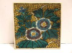 Antique Kutani Japanese IMARI Ware Porcelain Pottery Plate SIGNED