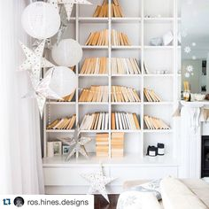 #Repost @ros.hines.designs with @repostapp.  A book lovers Christmas tree. Love this #styleinspo #bookstagram #instagood #christmasstyling #homedecor by style_inspo_au