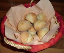 Rezept Pizzabrötchen von dahu82 - Rezept der Kategorie Brot & Brötchen