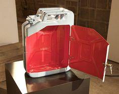 Super geschenk geburtstag 20 l blech kanister bar garage for Beistelltisch jerry