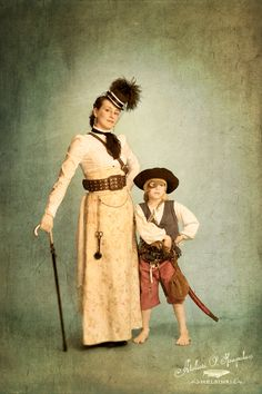 Magdalena Hai writes Finnish steampunk. http://daily-steampunk.com/steampunk-blog/2013/01/31/finnish-steampunk-interview-with-magdalena-hai/