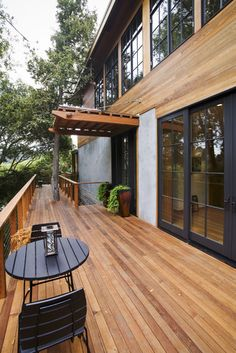 Overhang roof entry on pinterest modern exterior for Balcony overhang