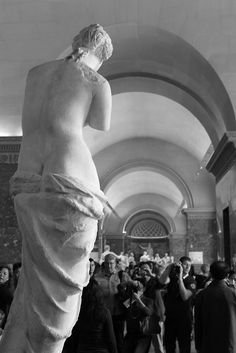 Aphrodite of Milos https://www.youtube.com/watch?v=LmJRt4nN2-E