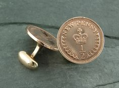 1/2 Cent Coin Cufflinks with soldered backings made of Bronze. The coins are from the UK. The Cufflinks are from WMDEAN! $48