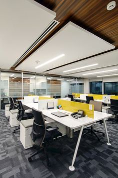 Are you inspired by these modern office lighting? Find more contemporary light … - office design Corporate Office Design, Open Office Design, Office Interior Design, Office Interiors, Office Designs, Office Ceiling Design, Open Space Office, Office Workspace, Office Table