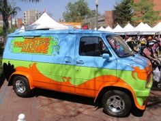 Mystery Machine From Scooby-Doo Outruns Police