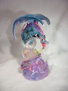 Dragon w/ Lighting* LED Crystal Ball Collectible Figurine Dragon Figurines, Fantasy Dragon, Magical Creatures, Collectible Figurines, Crystal Ball, Vintage Antiques, Dragons, Led, Crystals