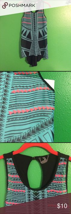 Ali & Kris Sheer Layering Tank Tribal sheer in front see slight run in material in close up pic very hard to notice. Long in back. Super cute key hole closure on back neckline with brass button. 100% poly light weight gorgeous tribal print in teal hot pink and black. Ali & Kris Tops Tank Tops
