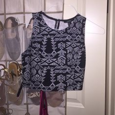 crop top never worn Forever 21 Tops Crop Tops
