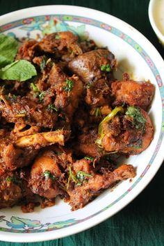 YUMMY TUMMY: Onion Chicken Fry / Onion Chicken Dry Masala