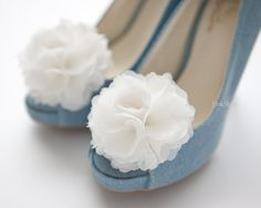 1 Pair(Set of Pink Chiffon flower shoe clips for bridal wedding/Choose your color Pretty Shoes, Cute Shoes, Me Too Shoes, Chiffon Flowers, Chiffon Ruffle, Fabric Flowers, Teal Green, Coral Pink, Pink Guava