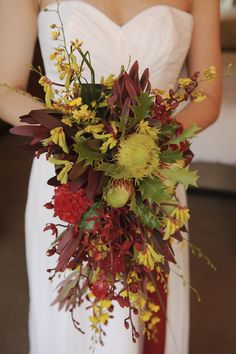wedding cake native australian flowers - Google Search Australian Wildflowers, Australian Flowers, Wedding Bouquets, Wedding Cakes, Tribal Rose, Native Australians, Flower Crown Wedding, Grapevine Wreath, Wild Flowers