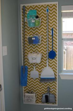 10 Great Laundry Room DIY Projects