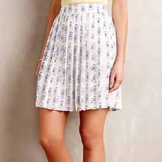 """Anthropologie skater skirt!! Absolutely adorable skater skirt with a fun sunbather print!!  Pleated polyester and rayon with rayon lining.  Mini A-line silhouette with side zip.  Measurements:  15"""" waist flat laid, and 19"""" long.  🎉Make an offer!!🎉 💰Bundle discount is on!!💰 Anthropologie Skirts Circle & Skater"""
