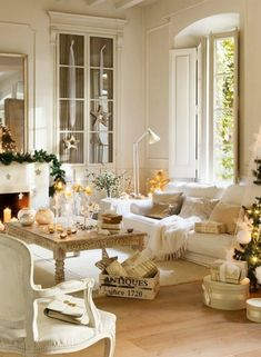 23 White Christmas Decorating Ideas From a Romantic Nordic French Home Tour - Hello Lovely : White Christmas decorating ideas! A beautifully restored 1864 home on the Maresme Coast of Spain is decorated in whites for Christmas. French Country Christmas, White Christmas, Christmas Holiday, Holiday Fun, Family Room Decorating, Decorating Ideas, Decor Ideas, Christmas Living Rooms, Nordic Home