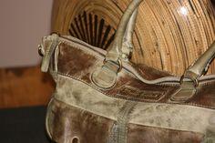 Bag Waikola Clutches, Bags, Fashion, Dime Bags, Handbags, Moda, Fasion, Totes, Hand Bags