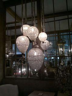 Lámparas de cristal en forma de lágrimas