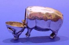 """Edwardian Silver """"Pig"""" Vesta Case - Daniel Bexfield Antiques."""