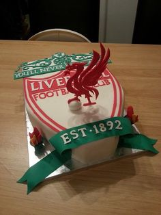 My dream cake Liverpool Cake, Liverpool Football Club, Sport Cakes, Soccer Cakes, Football Cakes, Daddy Birthday, Birthday Cake, Best Football Team, College Football