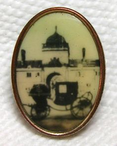 LOVELY ANTIQUE 19th CENTURY GENT'S GILT BRASS BUTTON w/PHOTO OF EXPO BUILDING