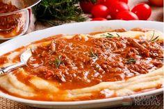 Receita de Polenta mole com ragu de carne especial em receitas de salgados, veja essa e outras receitas aqui!