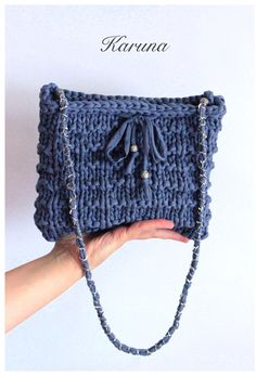 Bolso de trapillo. T-shirt yarn bag